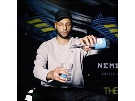 Hanybal Vica con Agua Cup