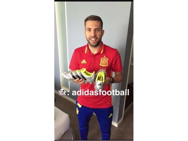 adidas te muestra en su segundo Snapchat el hotel de la Selección con Jordi Alba y Koke