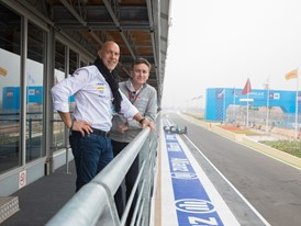 Jean-Marc Pailhol, Allianz Head of Group Market Management and Distribution and Alejandro Agag, CEO of the FIA Formula E