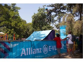Allianz E-Village