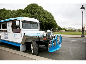 Allianz Paris - Jeepney