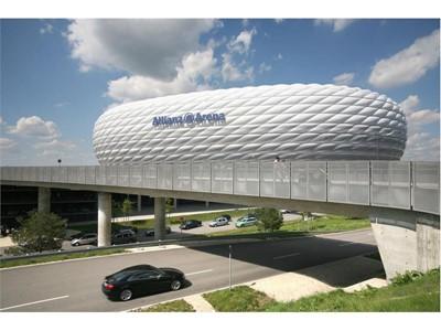 Allianz Arena, Paris
