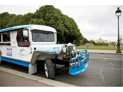 Allianz Paris - Jeepney