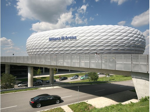 Allianz Arena, Paris