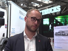 Interview in French with François Savoye, Energy Efficiency Strategy Director, Renault Trucks at IAA Commercial vehicles
