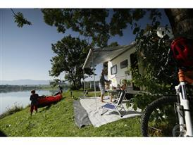 byTM Camping 9697
