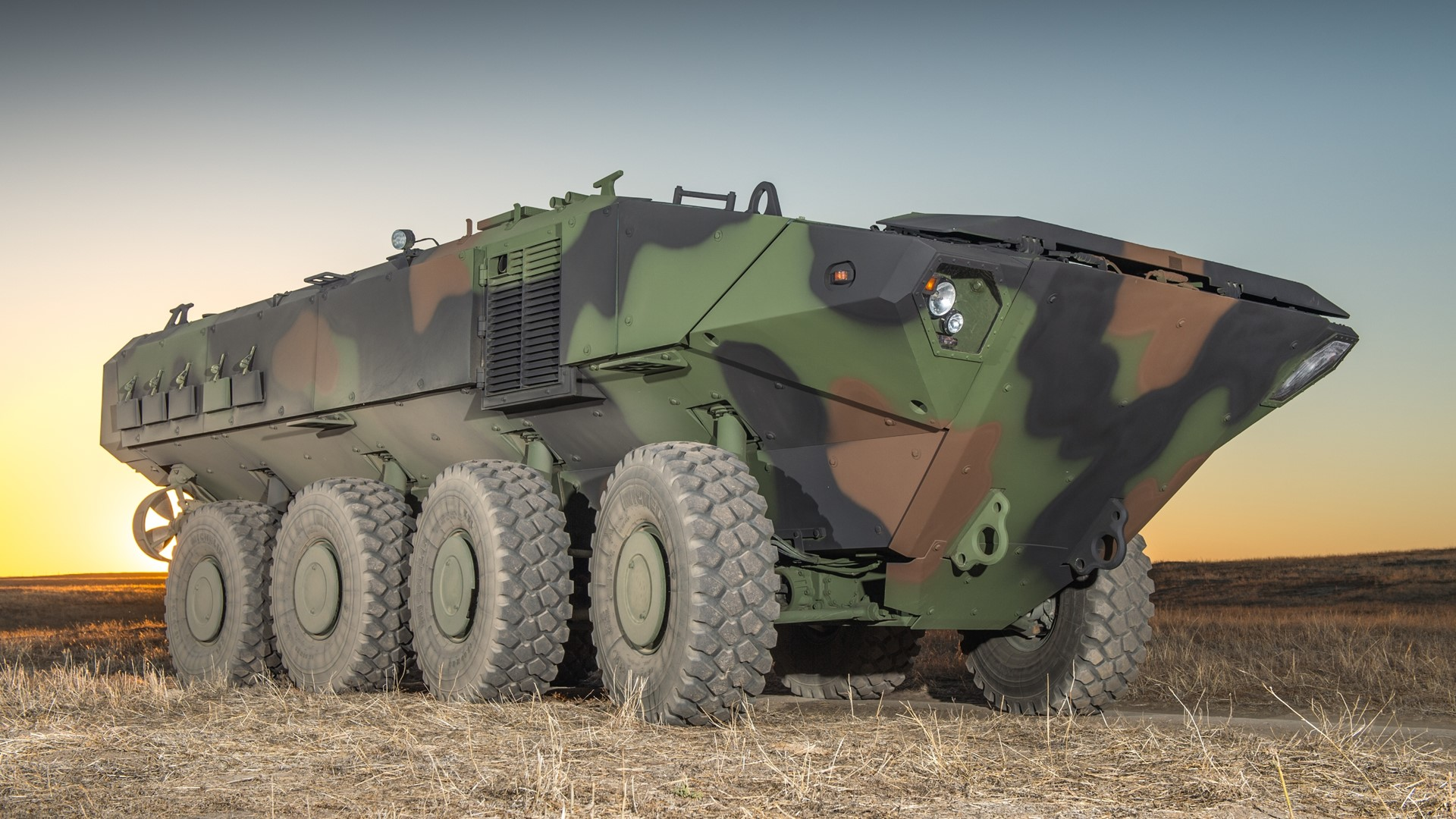 The Amphibious Armoured Platform By Iveco Defence Vehicles Is Adopted By Bae Systems For The Acv 1 1 Program Development Contract Awarded By U S Marine Corps
