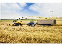 New Holland's New FR Range: the Benchmark in Chop Quality and Productivity
