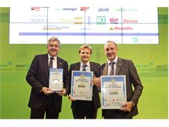 "The T8 Auto Command™ tractor wins the ""Maschine des Jahres 2014 - Machine of the Year 2014"" award, a great achievement for New Holland Agriculture at Agritechnica Show"