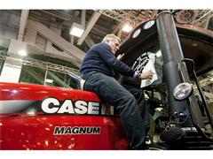 "Case IH Magnum 380 CVX awarded ""Tractor of the Year 2015"""