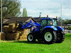 New Holland LM telehandler steals the show at Farm Handling Experience