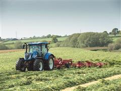 New Holland's new T5 and T6 Tractors make debut at Scotgrass