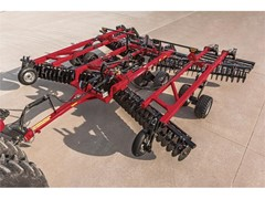 Case IH Introduces True-Tandem 335 VT for Rugged Durability in the Toughest Conditions