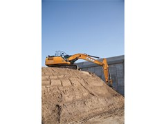 Four New CASE Products Awarded in Construction Equipment Magazine's Top 100 New Products for 2015