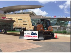 Minnesota Twins Enlist CASE 850M Dozer for MLB All-Star Final Vote Campaign