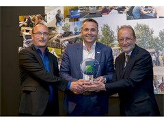 "The Daily Tourys from IVECO BUS wins ""International Minibus of the Year 2017"""