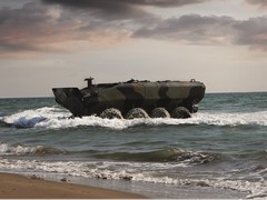 iveco-defence-vehicles-is-awarded-contract-to-deliver-amphibious-platform-to-the-us-marine-corps-in-