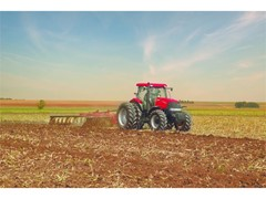 Case IH Puma® 2254 tractor wins Technology Innovation Award 2017 at China's Agricultural Machinery TOP50+ Awards