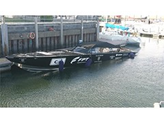 FPT Industrial sets another powerboat racing record with the Allblack Racing team