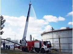 Уникальный пеноподъемник нового поколения ППП-55 на базе шасси IVECO TRAKKER введен в эксплуатацию на Саратовском нефтеперерабатывающем заводе.