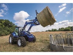 New Holland Agriculture displays its alternative fuel solutions at SIMA: the Methane-Powered Concept Tractor