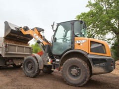 case-upgrades-f-series-compact-wheel-loaders-with-electro-hydraulic-controls