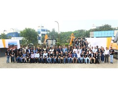 case-construction-equipment-showcases-made-in-india-strengths
