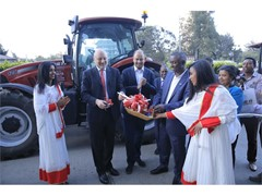 ceremony-in-addis-ababa-celebrates-the-appointment-of-wereta-international-business-plc-as-case-ih-d