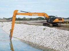 case-announces-cx350d-long-reach-excavator