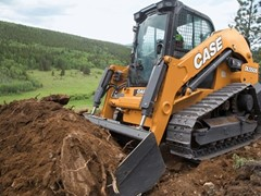 CASE Debuts the DL550B Compact Dozer Loader