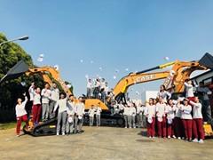 """凯斯青年节,助力高中生职业体验 -- 凯斯工程机械""""中学生职业体验日""""活动圆满成功"""
