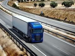 IVECO приветствует решение Федерального совета Германии продлить период освобождения большегрузного транспорта, работающего на природном газе, от платы за проезд по автомагистралям