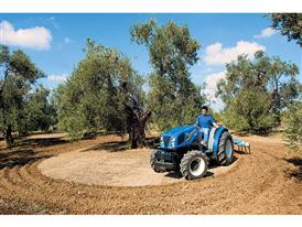 New Holland Agriculture T3F tractor wins Best of Specialised TOTY 2015 2