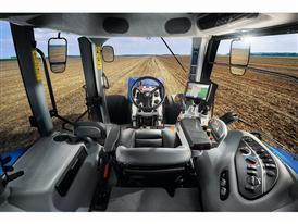 T8.435 Tier4B cab interior