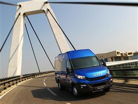 New Daily 2014 - Minibus 3