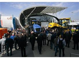NH Agrotech 2015 5