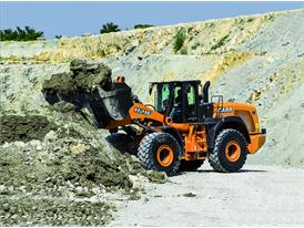 Eco- and Operator-friendly Wheel Loaders at Intermat 2015 2