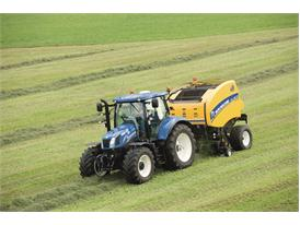 New Holland provides full machinery line-up at Grassland UK 2