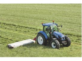 New Holland provides full machinery line-up at Grassland UK 3