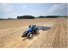 New Holland Agriculture T8 tractor equipped with Precision Land Management systems