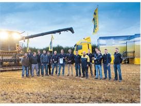New Holland Agriculture's world record team with the CR10.90