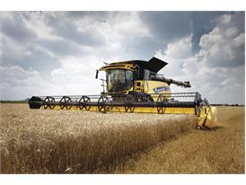New Holland Agriculture CR10.90 combine
