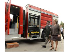 Chile's presidet Bachelet with the Magirus fire trucks