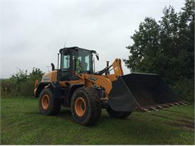 Case 621F wheel loader equipped with Leica Geosystems technology