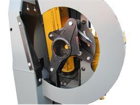 New Holland Cornrower header technology
