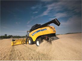New Holland CX8090 Elevation Combine straw chopping and spreading