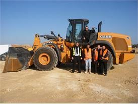 The Trezence TP and Case Construction Equipment Teams together with the mighty wheel loader