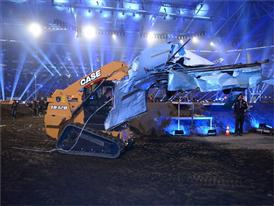 Case TR320 Compact Track Loader removing wreckage during Stock Car Challenge