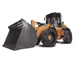 Case 721F wheel loader in waste handling configuration.