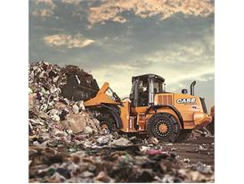 Case 721F wheel loader handling refuse